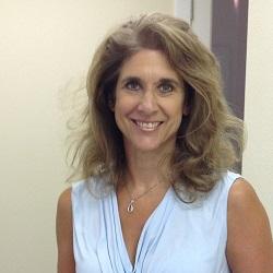 Susan Hanshaw headshot